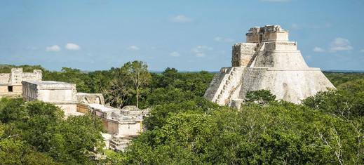 00-site-archeologique-uxmal-yucatan.jpg