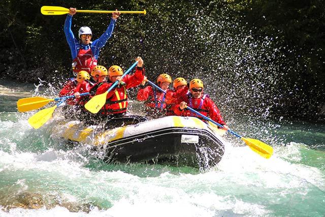 white-water-rafting-soca-river-slovenia.