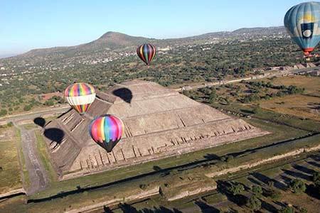 vuelo-piramides.jpg
