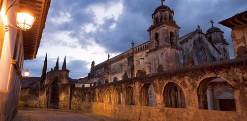 michoacan_destinos-principales_patzcuaro