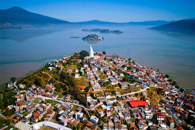 lago-de-patzcuaro.jpg