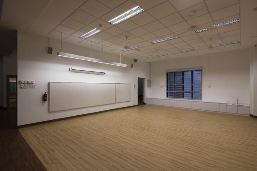 westspring-primary-school-CLASSROOM 01 W