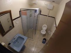 banheiro quarto grande casal 7