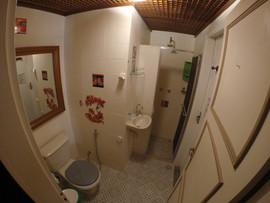 banheiro quarto grande 1