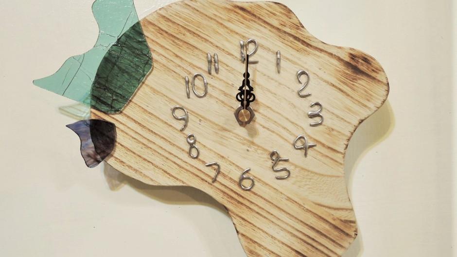 新作の壁掛け時計