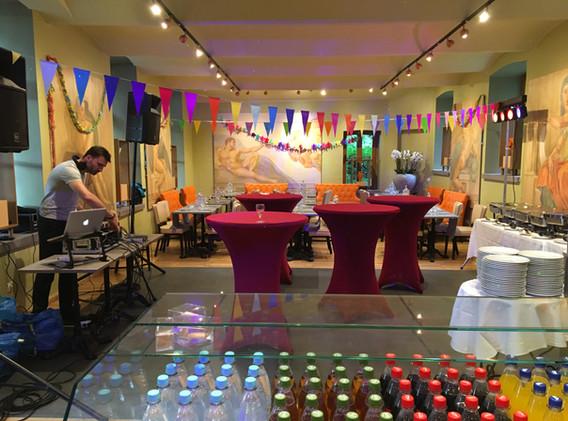 cafe-liege-missio-haus-veranstaltung-event-party-dj-catering