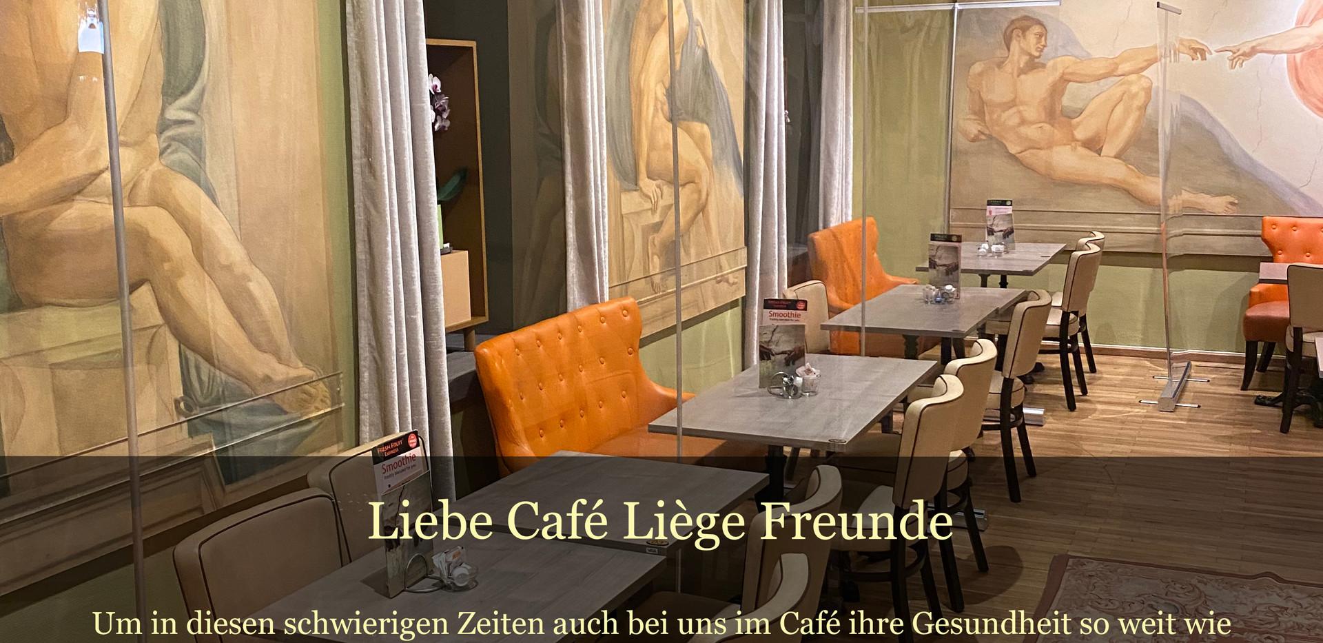 Trennwände im Café Liège