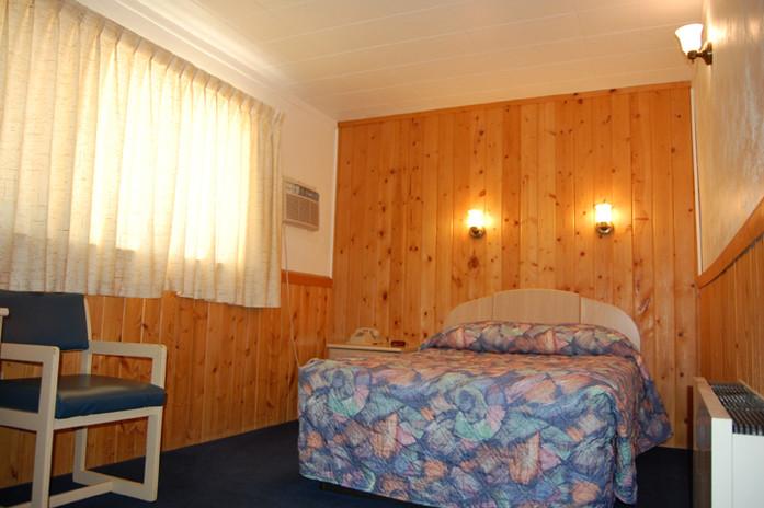 Spa Motel 031.JPG