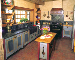 Full Kitchen and tiles 2