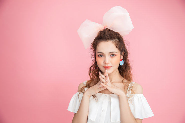 Lovepik_com-501321862-beautiful-girl.jpg