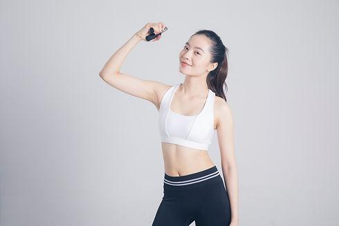 Lovepik_com-500659805-a-sports-woman-wit