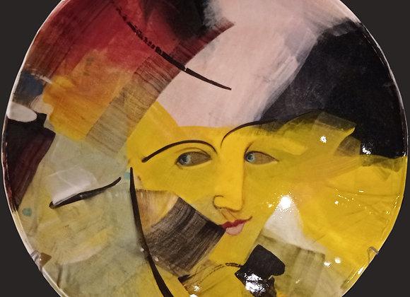 Large handmade painted plate/ Grande piatto fatto a mano con volto giallo