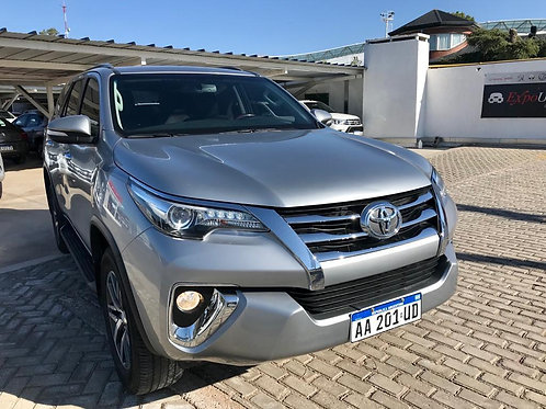 Toyota SW4 TDI SRX 4x4 AT 2016