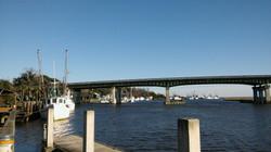 The West side of the Darien Bridge