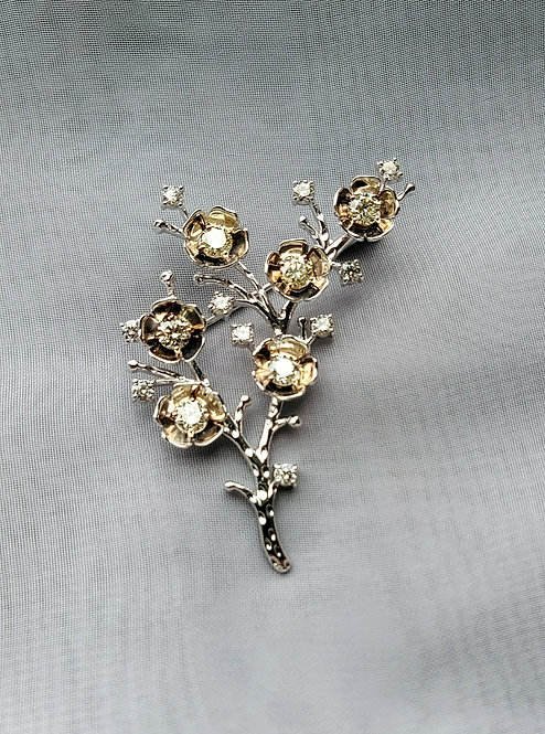 K18 White /Pink Gold Diamond Brooch