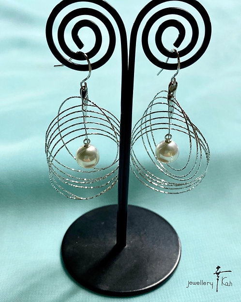 K18 White gold  Akoya Pearl  pierced Earrings