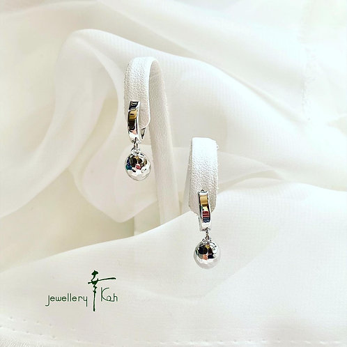 K18 White gold Italian Earrings