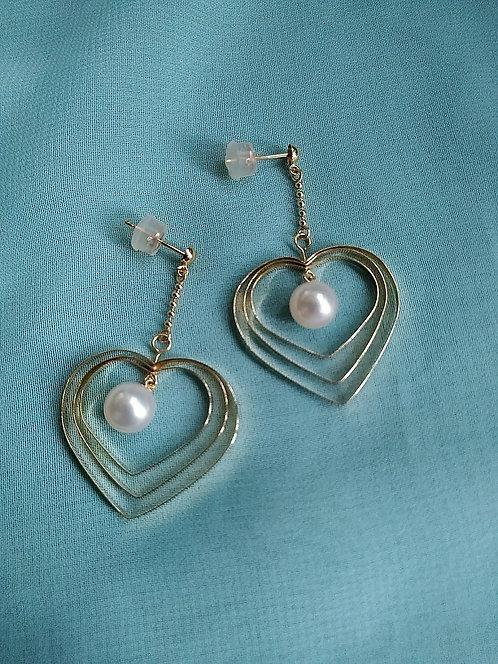 K18 Gold Akoya Pearl Earrings