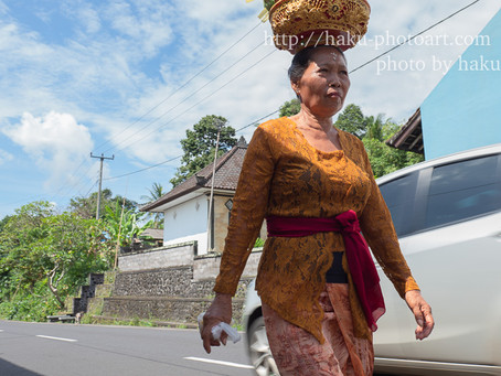 Bali お祭り 笑顔