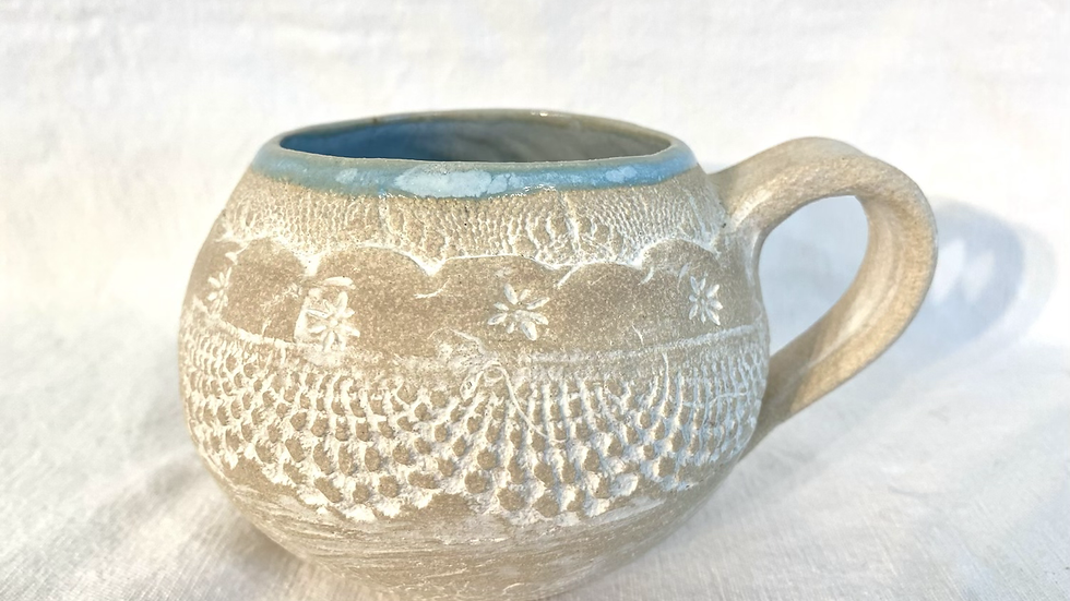 Lace Lockdown mug