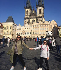 Translate LOVE in czech ________________