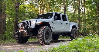Lifted Jeep 3.jpeg