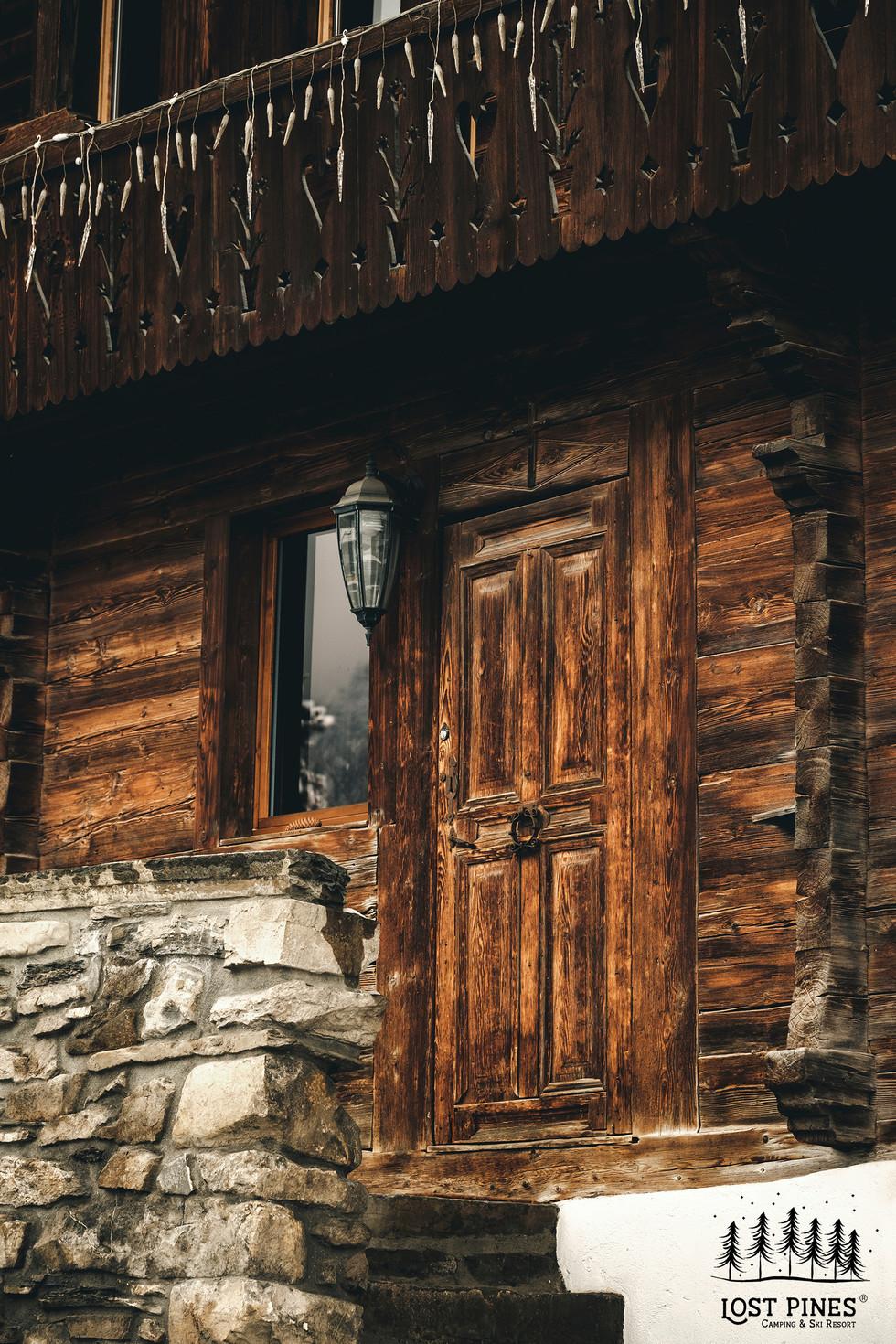 lostpinesresort_cabinfront.jpg