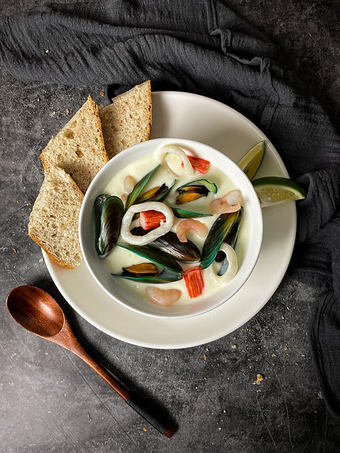 Seafood Chowder with Whole grain bread on the side