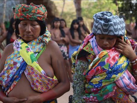 Mulheres em roda: o olhar de mulheres indígenas sobre si próprias.