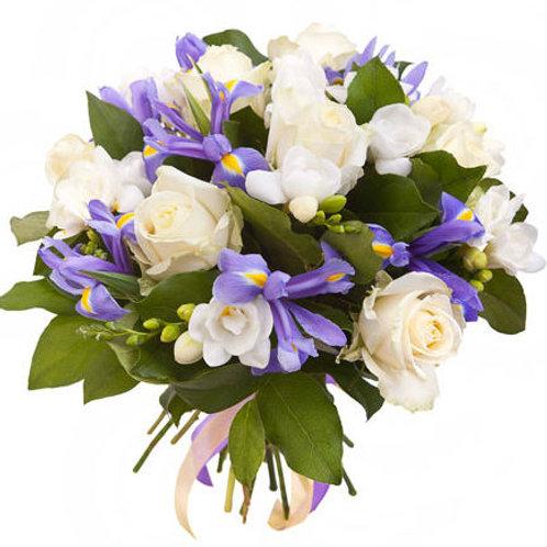 Букет из роз, ириса, фрезии (29 шт.)
