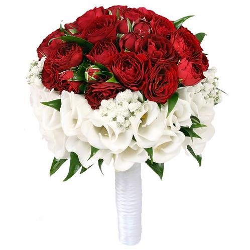 Букет невесты из роз, лизиантуса, гипсофилы