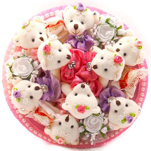 """Букет - 9 мишек, 3 заколки, конфеты """"Рафаэлло"""""""