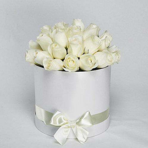 Шляпная Коробка  Розы «Polar Star» 25 шт.