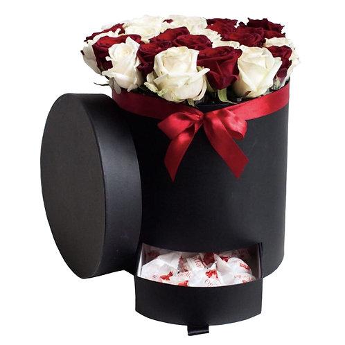 Розы в коробке с пеналом № 14