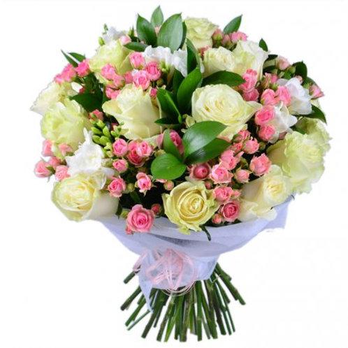 Букет из роз, фрезии (39 шт.)