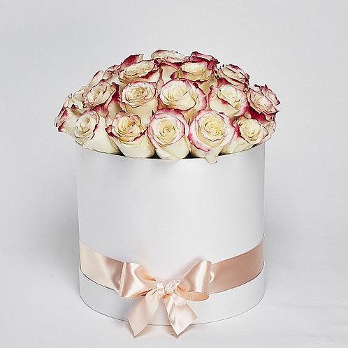 Шляпная Коробка Розы «Sweetness» 25 шт.