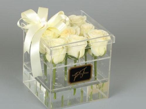 Розы в акриловой коробке, 9 шт.