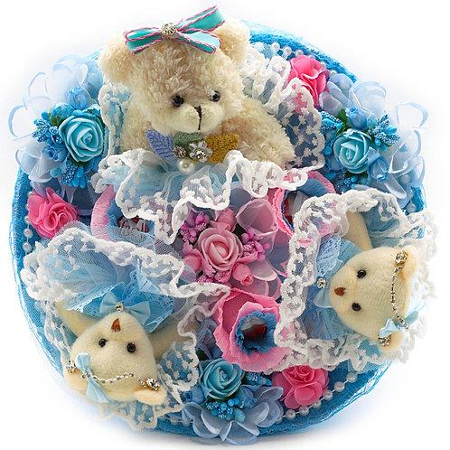 """Букет - 3 игрушки, 7 заколок, конфеты """"Рафаэлло"""""""
