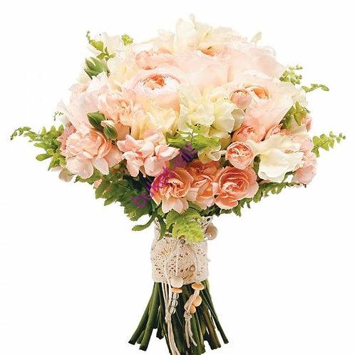 Розовый свадебный букет из роз