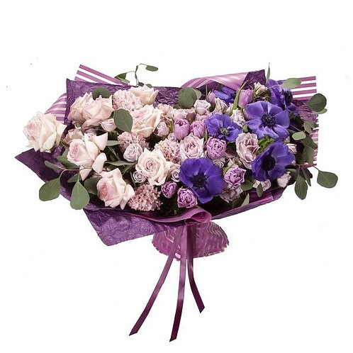Букет из анемонов, гиацинтов, тюльпанов и роз (39 шт.)