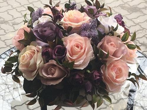 Интерьерный букет из искусственных цветов