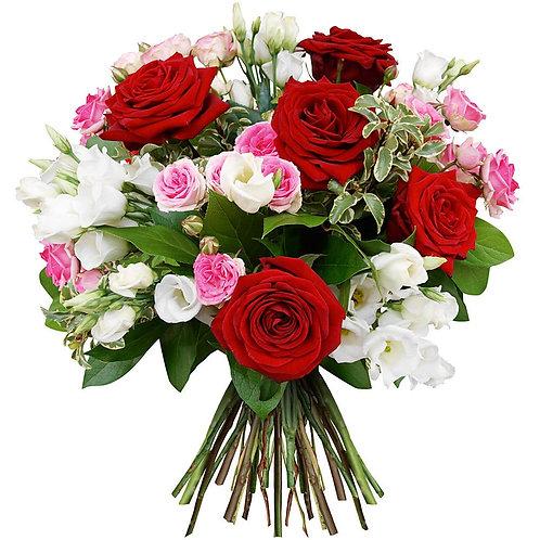 Букет из роз, кустовых роз, лизиантуса (29 шт.)
