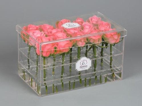Коробка пластиковая  для цветов