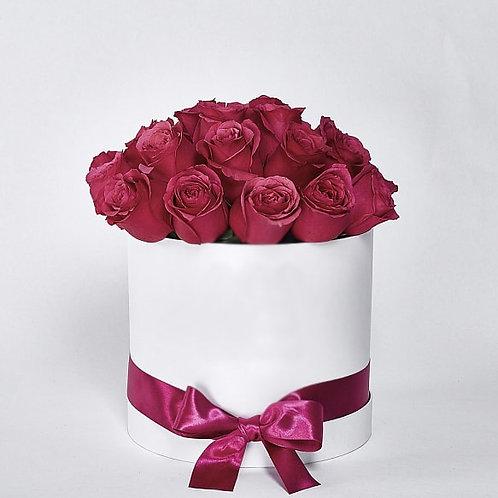 "Шляпная Коробка Розы ""Cherry O"" 25 шт."