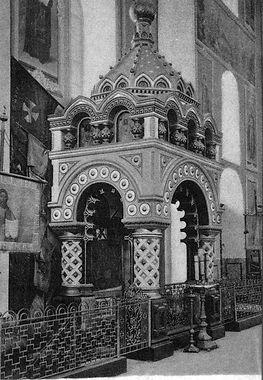 800px-Kozma_Minins_tomb_in_Transfigurati