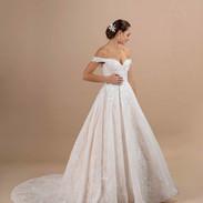 CDF 15 - America - 1495 € - ivoire rose ou ivoire ou blanc