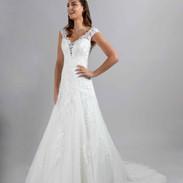 CDF 3 - Adriana - 975 € - ivoire ou blanc