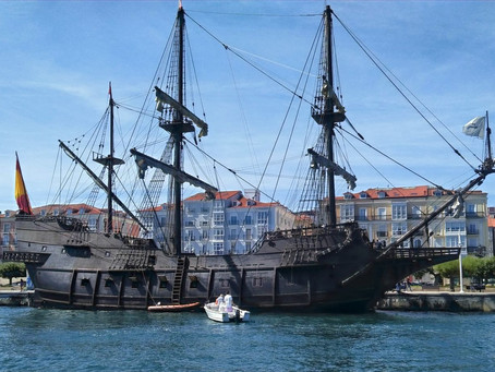 El Galeón Andalucía llega a Santander