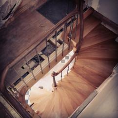 escalier courbe.jpg