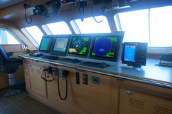 equipo furuno en barco atunero moderno 2